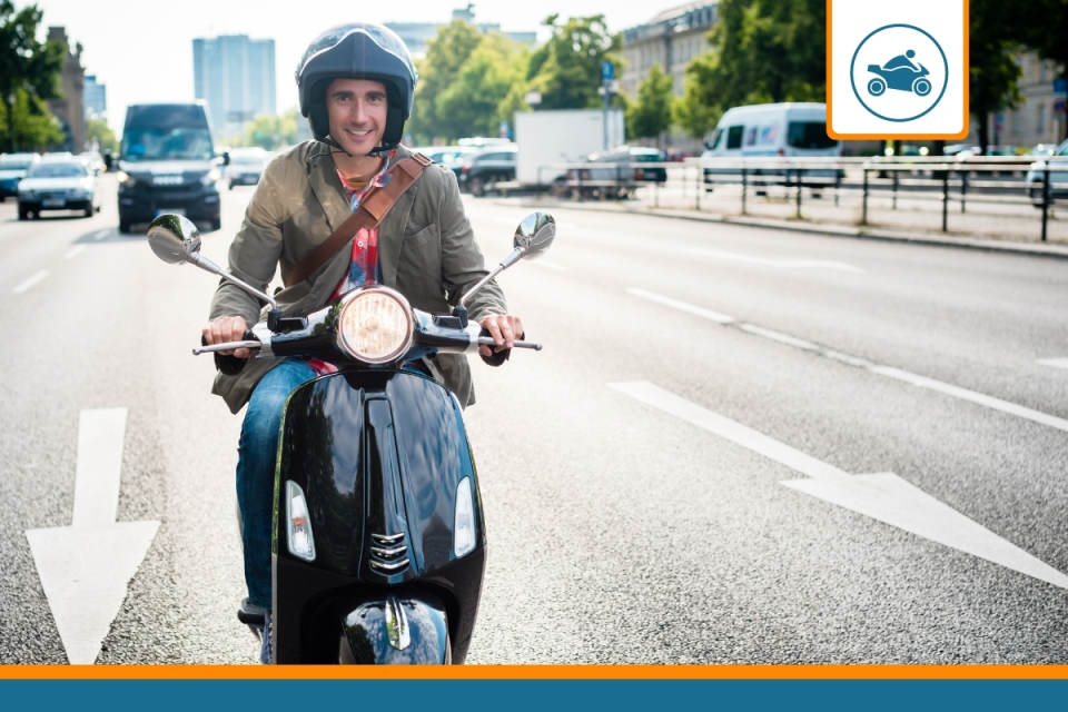 un scooter assuré avec un contrat au km