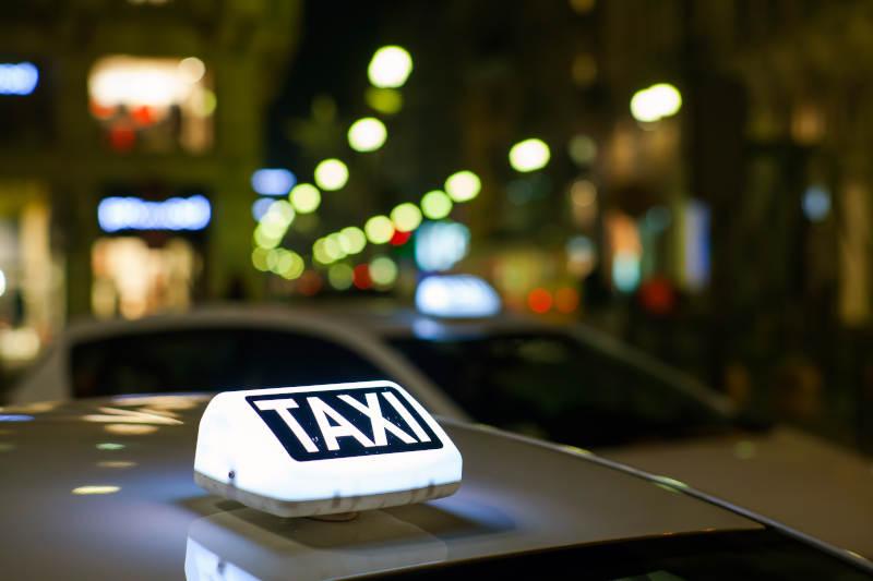 un taxi conventionné par la CPAM