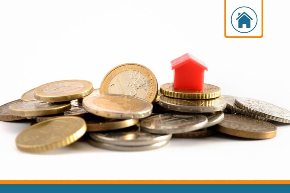 argent représentant la franchise d'une assurance habitation