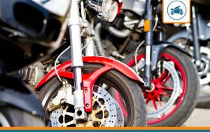 une flotte de motos avec assurance