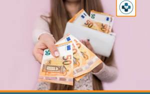billets représentant le tarif à payer pour une mutuelle santé